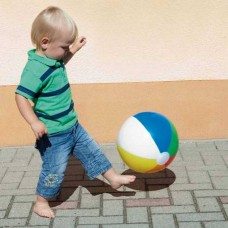 Многоцветный пляжный мяч