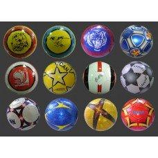 Футбольні м'ячі з логотипом Компанії