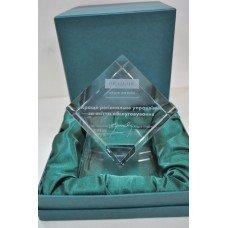 Скляна 3D нагорода для Ощабанку